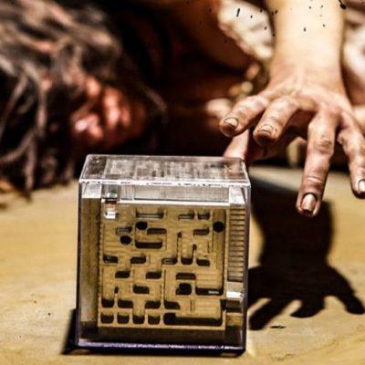"""""""l'uomo del labirinto"""": crateri di sceneggiatura ed analisi del finale(SPOILER/NO SPOILER)"""